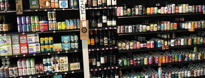 WhichCraft Beer Store is one of Posti che sono piaciuti a Mark.