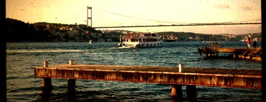 Küçüksu Kasrı Cafe is one of serhat.