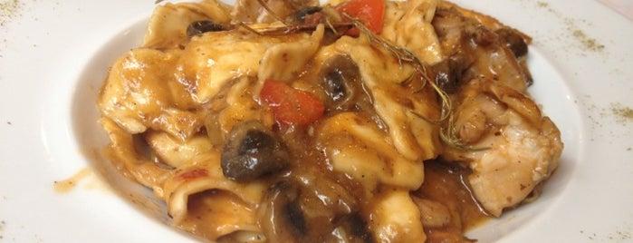 Puerta del Arco is one of Curry curry por Riopar.