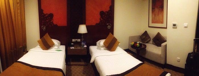 Suba Hotel is one of Tempat yang Disukai Kate.