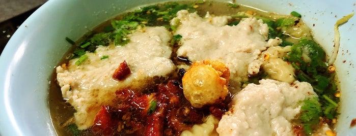 เจ๊อ้วนหมูทุบ is one of ราชบุรี.