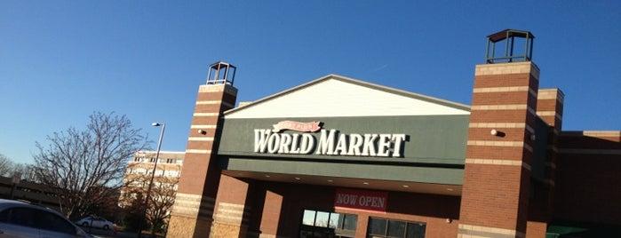 World Market is one of Posti che sono piaciuti a Alan.