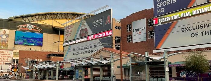 Downtown Phoenix is one of Lieux qui ont plu à Cheearra.