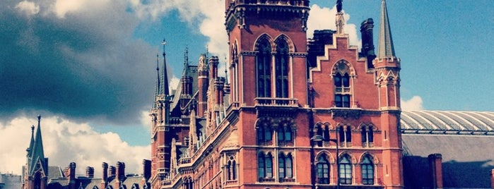 London St Pancras International Railway Station (STP) is one of London 2019.