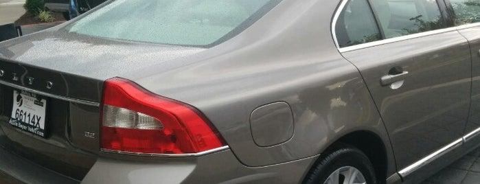 Don Beyer Volvo is one of สถานที่ที่ Wendi ถูกใจ.