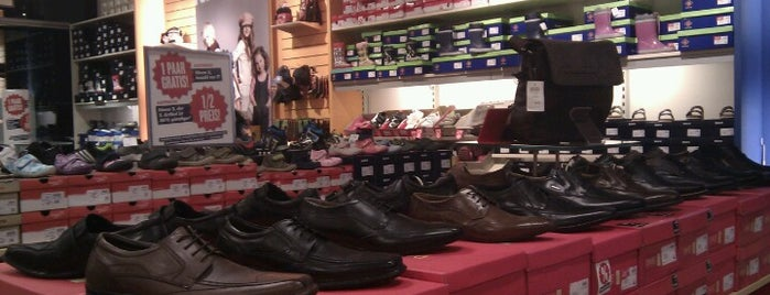 Shoe 4 You is one of J : понравившиеся места.