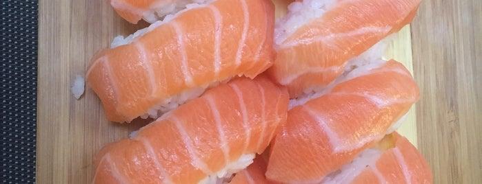 Yama Sushi is one of Locais curtidos por Chiarenji.