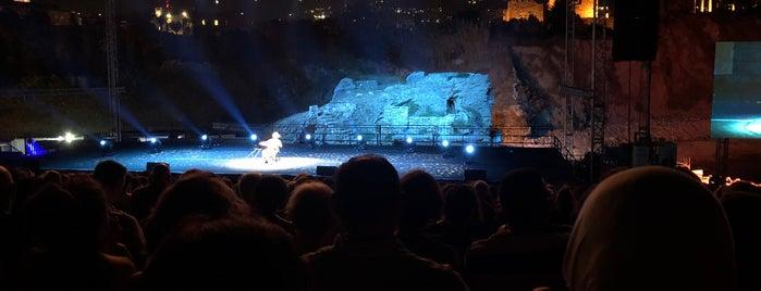 Byblos International Festival is one of Locais curtidos por Mil e Uma Viagens.