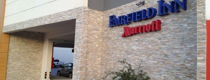 Fairfield Inn & Suites by Marriott Los Cabos is one of Lieux qui ont plu à Jhalyv.