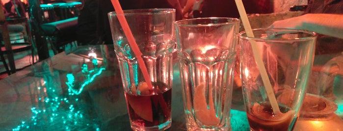 Creator Bar is one of สถานที่ที่ Juri ถูกใจ.