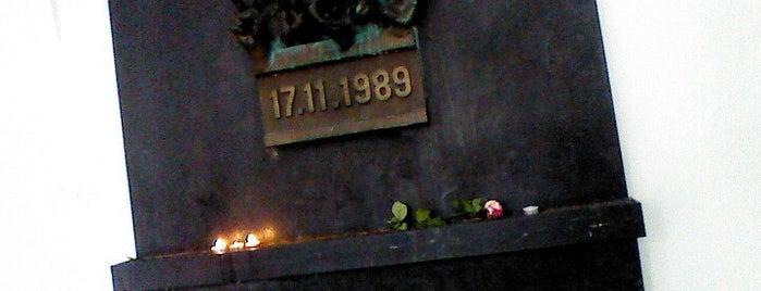 Památník 17. listopadu 1989 is one of Prag.