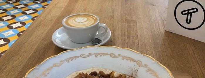Cafe Tvaroh is one of Posti che sono piaciuti a Lucie.