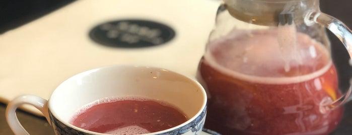 Кафе о Ле / Café au Lait is one of Alexandra'nın Beğendiği Mekanlar.
