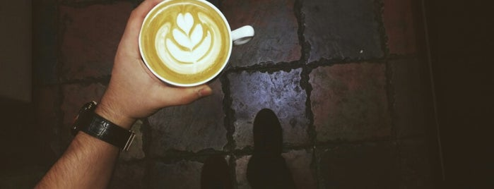 Barlotti Café | کافه بارلوتی is one of Sim : понравившиеся места.