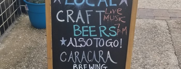 Caracara Brewing Company is one of Locais curtidos por Jenn 🌺.