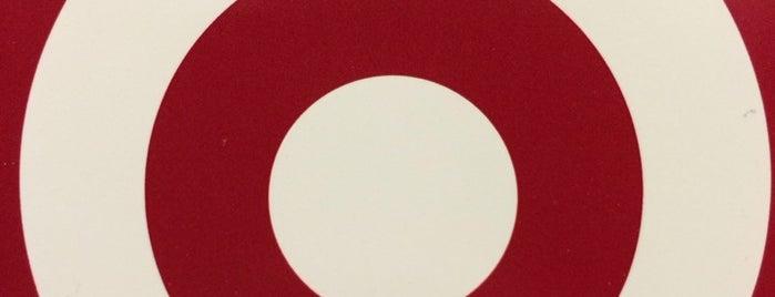 Target is one of Locais curtidos por Jennifer.