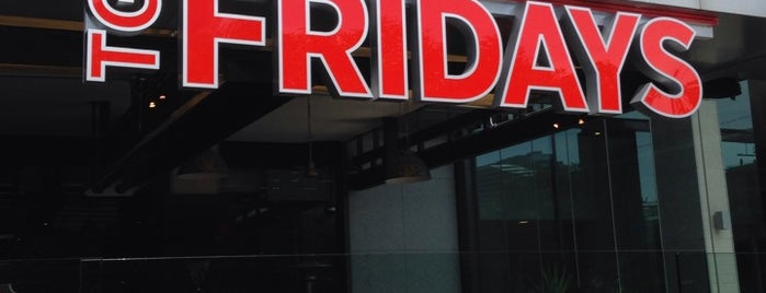 TGI Fridays is one of Alex 님이 좋아한 장소.
