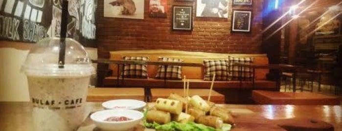 Bulaf Cafe is one of Marcella'nın Beğendiği Mekanlar.
