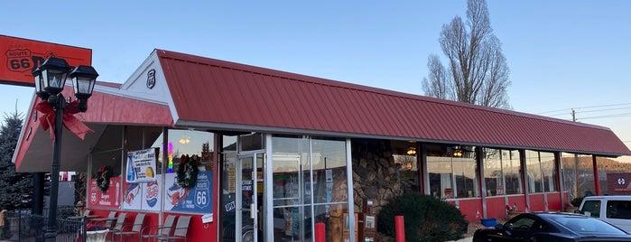Goldie's Rt. 66 Diner is one of สถานที่ที่ Steven ถูกใจ.