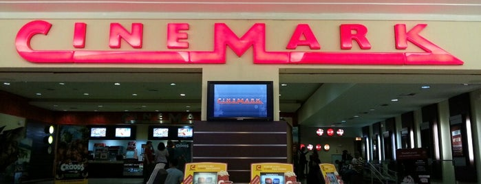Cinemark is one of Lieux qui ont plu à Micael Helias.