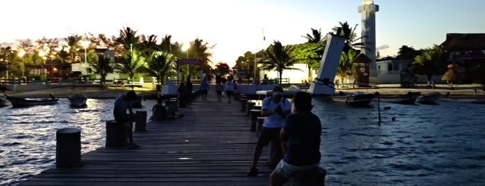 Faro de Puerto Morelos is one of Juan 님이 좋아한 장소.
