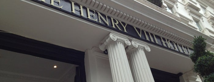 Henry VIII Hotel is one of London.