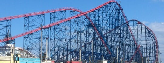 Blackpool Pleasure Beach is one of Locais curtidos por Carl.