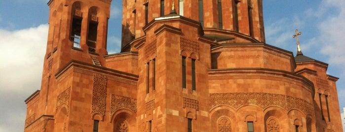 Армянский храмовый комплекс is one of สถานที่ที่ Naniko ถูกใจ.