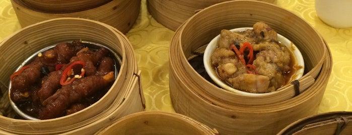 Swatow Seafood Restaurant 汕头海鲜 is one of Celine 님이 좋아한 장소.