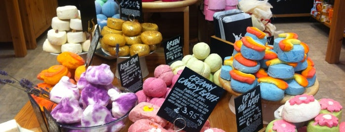 LUSH Fresh Handmade Cosmetics is one of 4 days in Dublin.