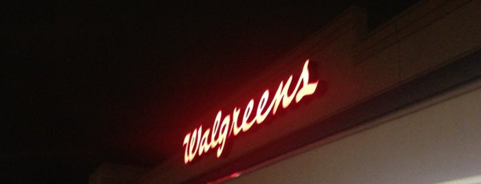 Walgreens is one of Nadine : понравившиеся места.