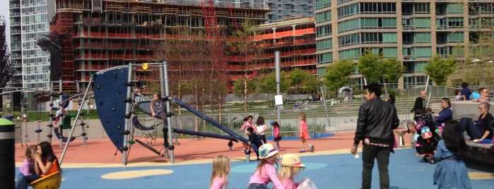 Gantry Plaza Playground is one of Pien's list.