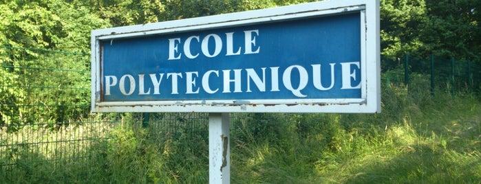 École Polytechnique is one of Orte, die Sveta gefallen.