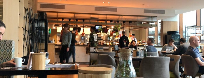 Café Jakarta is one of Lunch Amsterdam.