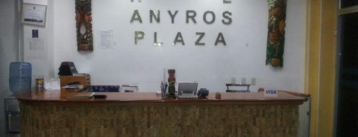 Hotel Anyros Plaza is one of สถานที่ที่ Xavi ถูกใจ.