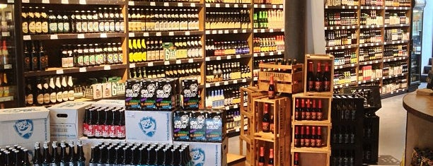 Craft Beer Store is one of Hamburg.