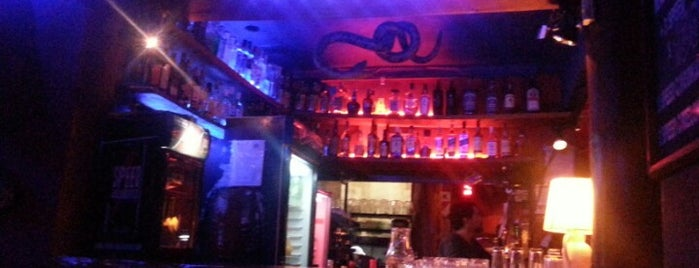 Macondo Bar is one of Bares de Buenos Aires.
