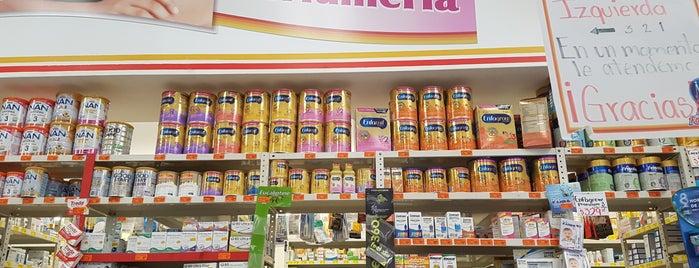 Farmacias Guadalajara is one of Tempat yang Disukai Lou.