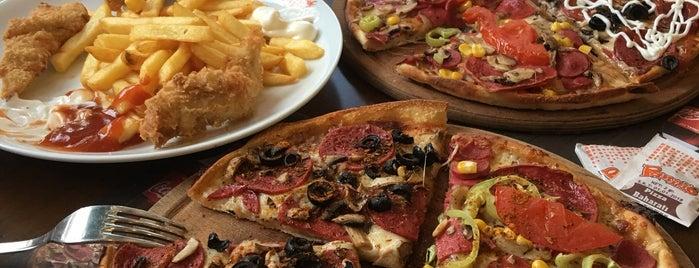 Panino Pizza Bostanlı is one of Genç Optik'in Beğendiği Mekanlar.
