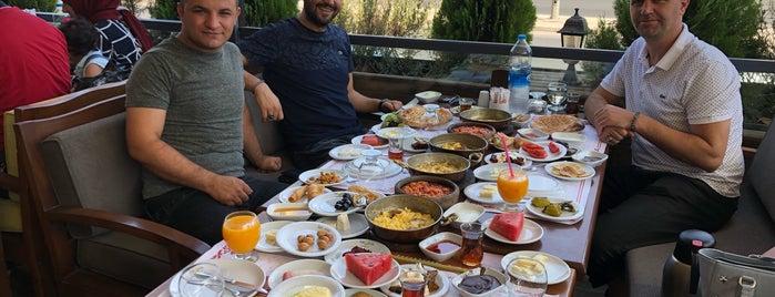 Tatvera Kahvaltı & Künefe is one of Turkey mix.