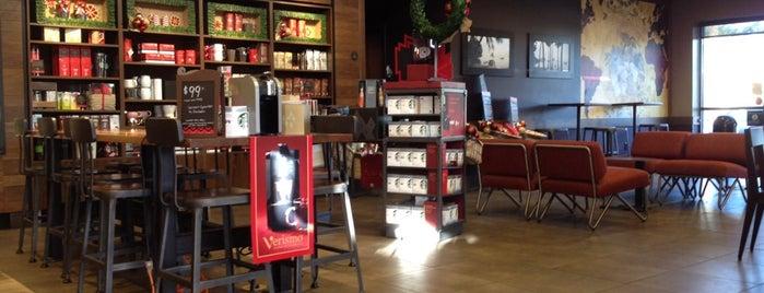 Starbucks is one of Lugares guardados de Ben.