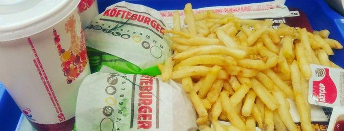 Burger King Altıyol is one of Locais curtidos por Muzaffer.