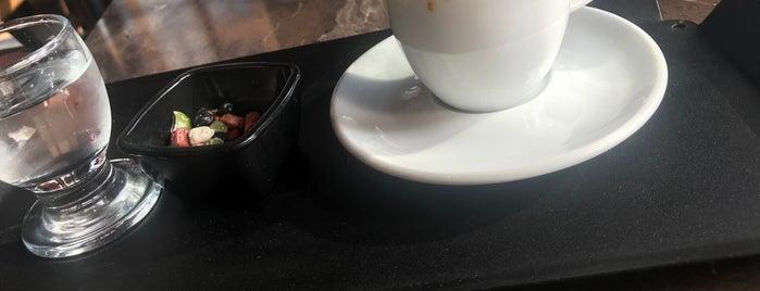 Vitrin Nargile Cafe Restaurant is one of Стамбул, Турция.