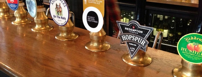 The Hare & Billet is one of Good Beer Pubs.