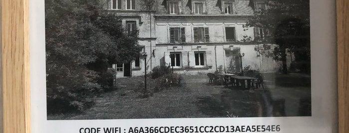 Château De Champblanc is one of Orte, die Chris gefallen.