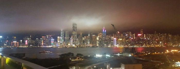 ザ・リッツ・カールトン香港 is one of Dmitryさんのお気に入りスポット.