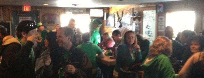 Kent City Lounge is one of Lieux qui ont plu à Sandy.