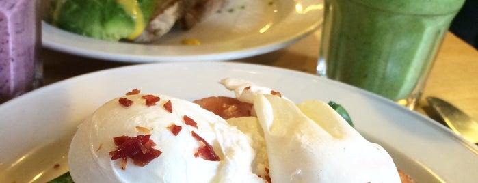 Franze & Evans Cafe Shoreditch is one of Tempat yang Disukai Eva.