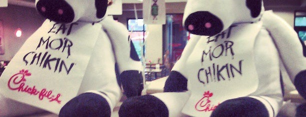 Chick-fil-A is one of Posti che sono piaciuti a Nikki.
