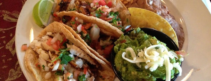 La Campana Mexican Restaurant is one of สถานที่ที่บันทึกไว้ของ Janell.